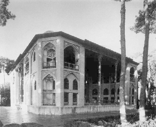 Powerpoint file of Hasht Behesht Palace-پاورپوینت کاخ هشت بهشت به زبان انگلیسی